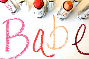 babe written in lipstick